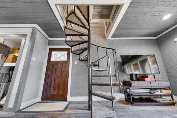 Apartment-9